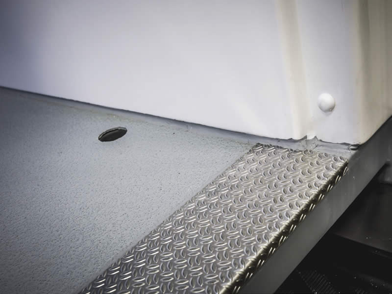 Doorlopende vloer tot aan schuifdeur