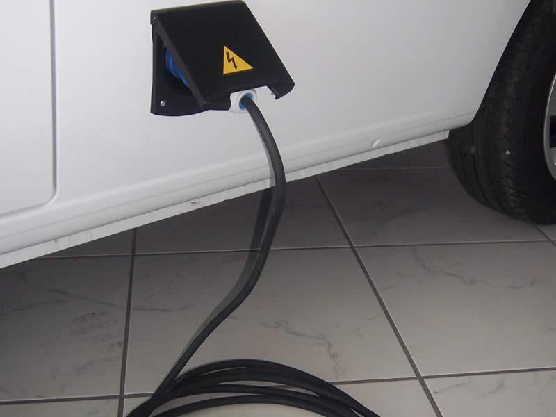 Koelunit op 220V buitenaansluiting incl. 10m kabel
