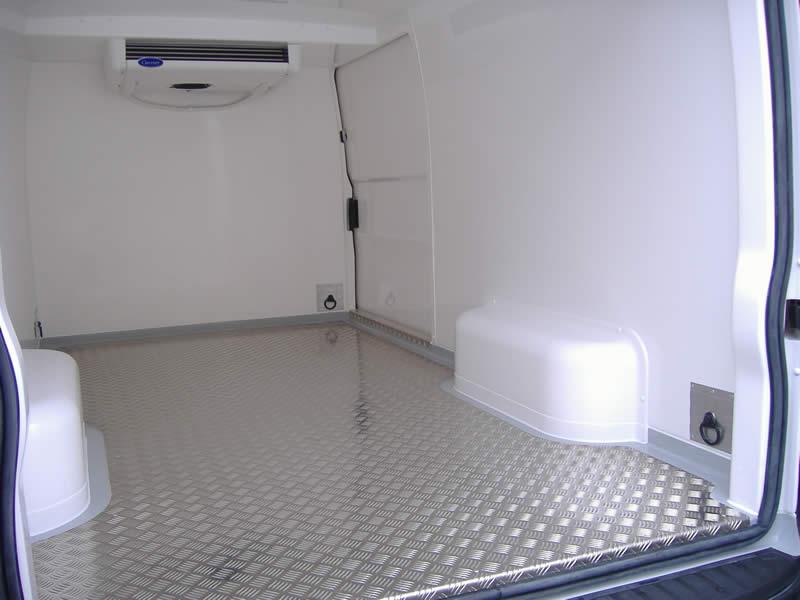 RVS robuuste vloer met sjor-ogen